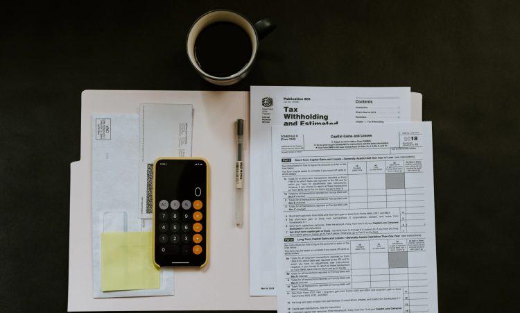Jak obliczyć zaliczkę na podatek dochodowy od osób fizycznych?