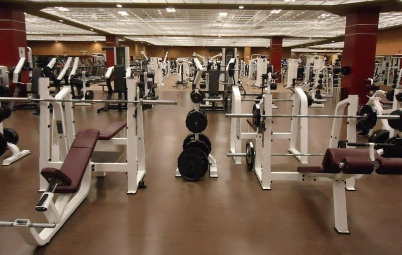 Dlaczego warto uczęszczać na siłownię?